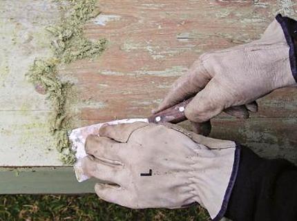 Снятие старой краски с дерева